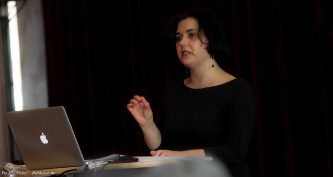 Anne Krebiehl, MW beim International Pinot Noir Symposium 2017
